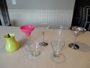 Selling a Group of 7 Cocktail and Drinking Glass Set - New $3/ea Kitchener / Waterloo Kitchener Area image 1