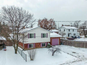 AFFORDABLE XL RAISED BUNGALOW IN FORT ERIE! PRICED TO SELL...