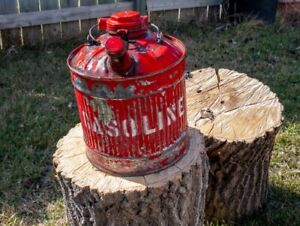 VINTAGE  GASOLINE  CAN ORIGINAL
