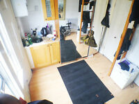 **INCLUDES Bills** Self-contained studio flat - PERFECT LOCATION - COMPACT - GOOD VALUE