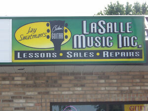 Custom Guitar Shop @ LaSalle Music!