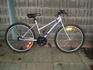 """Mountain Bike like new for parts - Supercycle 1800 26""""  wheel"""