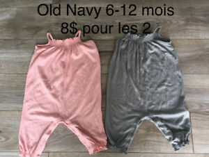 One piece old navy 6-12 mois