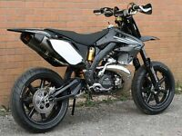 WANTED Cr500 Supermoto Road Legal ( Honda Ktm Suzuki Yamaha Kawasaki smr rs )