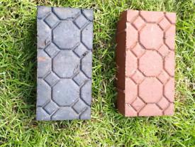 380 x Red and Black Decorative Bricks