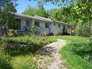 Room Near Gibbons / Bon Accord / Redwater