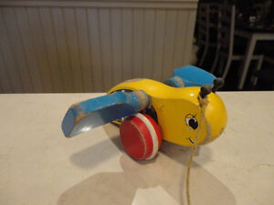 Vintage 1950's Bumble Bee w/ Blue Wings Pull Toy - Works Great Kitchener / Waterloo Kitchener Area image 2