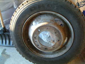 Selling 1 Hankook DH 01 Truck tire $225.00 obo