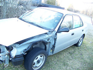 2002 Corolla 4Dr. CE  very good body    (Grey) BEST OFFER