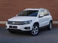 2013 13 Volkswagen Tiguan 2.0 TDI Bluemotion Tech Escape 5dr (White, Diesel)