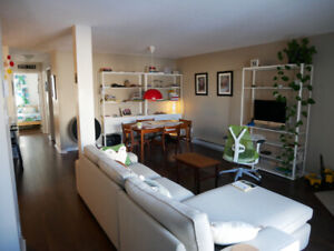 Admirable Cozy 2 Bedroom Apartment In Downtown Ottawa 1600 July Home Interior And Landscaping Fragforummapetitesourisinfo