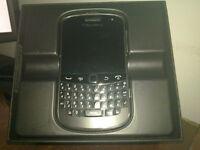 Best Blackberry BOLD 9900 smartphone- WIND Factory UNLOCKED-$120