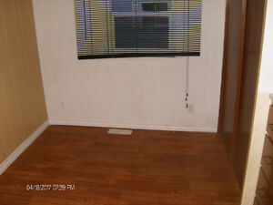 Green Acre Park, 10 Mo. Trailer--NEW PRICE--$77 To $ 56,000.00 Kitchener / Waterloo Kitchener Area image 7