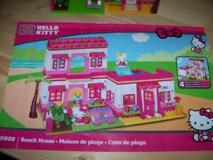 Hello Kitty Beach House Lego Set
