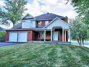 Superbe maison 4 chambres - Façade sur la rivière des Outaouais Gatineau Ottawa / Gatineau Area image 1