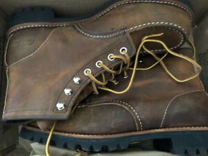 *NEW* RED WING ROUGHNECK BOOTS 8146 - SIZE 9