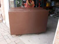Tool box made by plywood to storage hand tools or power tools