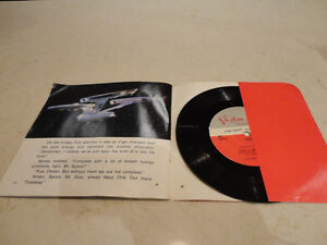 Vintage Star Trek 33 1/3 rpm Record w/ 24 page Read Along Book Kitchener / Waterloo Kitchener Area image 2