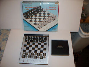 Radio Shack 1650 Fast Response Time Electronic Chess with Box