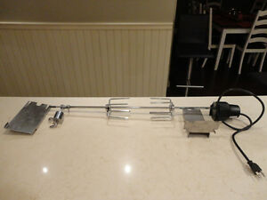 "Like new Condition Rotisserie w/Motor for 21"" to 26"" Width BBQ's"