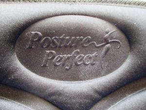 Posture Perfect Heat and Massage Seat Cushion, Model#2043 Stratford Kitchener Area image 4