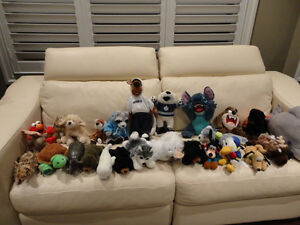 17 Pc. Plush Toy Collection -from a Supmoker Clean Non Sing Home Kitchener / Waterloo Kitchener Area image 1