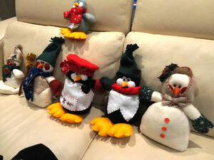 Group of 8 Assorted Size Christmas Snowmen and Penguins Kitchener / Waterloo Kitchener Area image 4