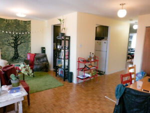 Spacious, sunny 2-bedroom for May sublet in Plateau Mont-Royal
