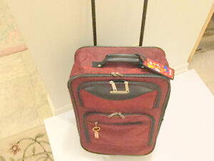 Great (Carry-On Luggage) 19'' Suitcases 2 Wheels Lightweight
