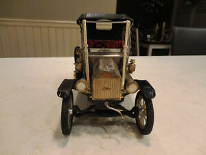 Vintage 1968 Miniature 1912 Ford Model T AM Radio- Waco Japan Kitchener / Waterloo Kitchener Area image 5