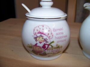 1980 Vintage Porcelain Strawberry Shortcake Set