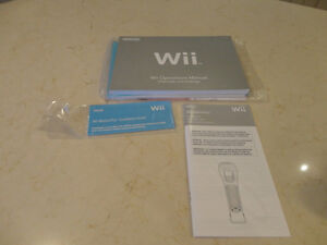 Wii Operations Manual - owners manual in Mint Condition Kitchener / Waterloo Kitchener Area image 1