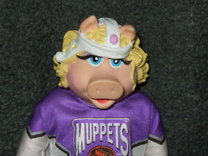 MUPPET HOCKEY - Miss Piggy doll Strathcona County Edmonton Area image 1