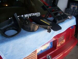 MUSTANG SN95 INTERIOR PLASTIC, BODY AND ENGINE PARTS