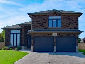 GREAT FAMILY HOME IN ESSEX Windsor Region Ontario image 9