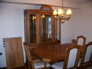 DINING TABLE AND CHINA CABINET Windsor Region Ontario image 1