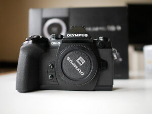 Olympus OMD EM1 (With warranty until July 2019 from Henry's)