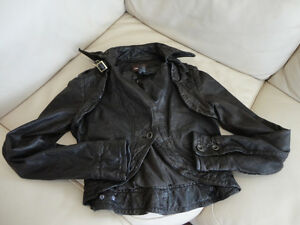 Danier Womens 2XS/2TP Dark Brown Leather Jacket -Excellent Shape