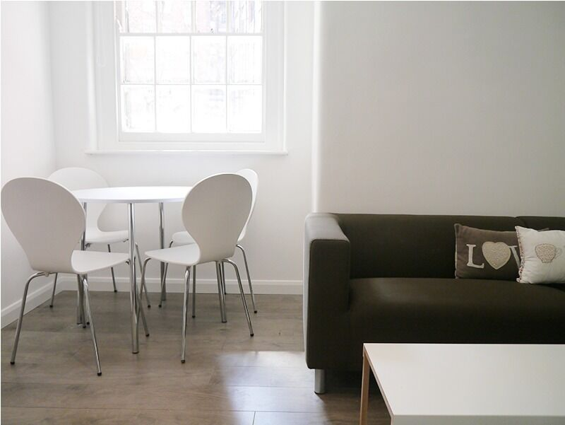 WC1, UNIQUE 1bedroom flat in a HISTORIC MANSION BUILDING, NEWLY REFURBISHED with SEPARATE KITCHEN