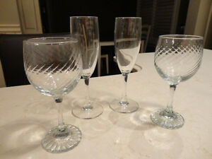 Set of 4 Drinkware Glasses 2 Champagne or wine & 2 wine /brandy Kitchener / Waterloo Kitchener Area image 1