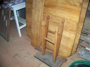 2 Tables anciennes Saint-Hyacinthe Québec image 6