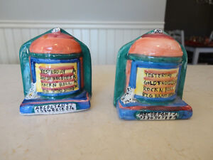 Vintage 1970's Pottery Salt & Pepper Shakers in a Juke Box Theme Kitchener / Waterloo Kitchener Area image 2