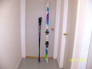Skis, bâtons et bottes pour hommes AUBAINE