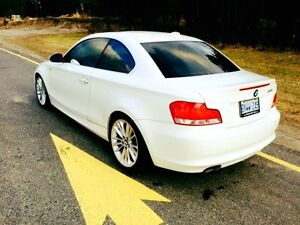 2008 BMW 1-Series Coupe (2 door) Premium Package