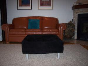 pouf ottoman table basse 30 pouces par 30 pouces NEUFS