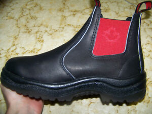 Blundstone Eh! Men's US size 8 Canadian flag boots
