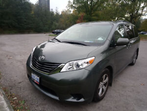 Toyota Sienna LE 2014 8 SEATER