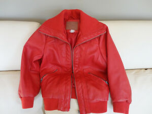Kids Red Polo Club Red Leather Coat Size L (6x) (Ages 6 to 8yrs) Kitchener / Waterloo Kitchener Area image 5