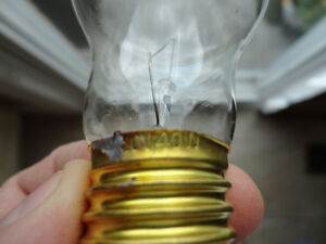 I have 72 of these to sell -New 40 watt 120v Mushroom Type Bulbs Kitchener / Waterloo Kitchener Area image 4