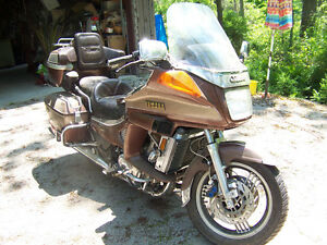 86 Yamaha Venture Royal $800 FIRM